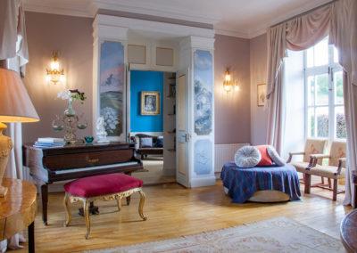 Sitting Room Piano 400x284