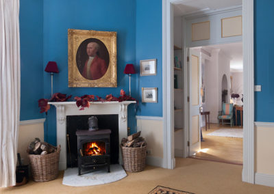 Tv Room Blue 400x284