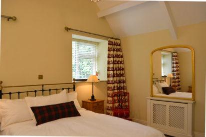 Bedroom Mirror 413x275