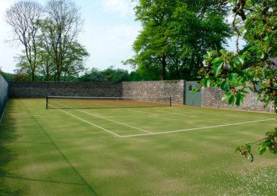 Tennis Court 400x284