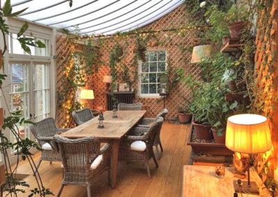 Conservatory Lamp 400x284
