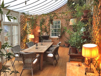 Conservatory Lamp 413x310