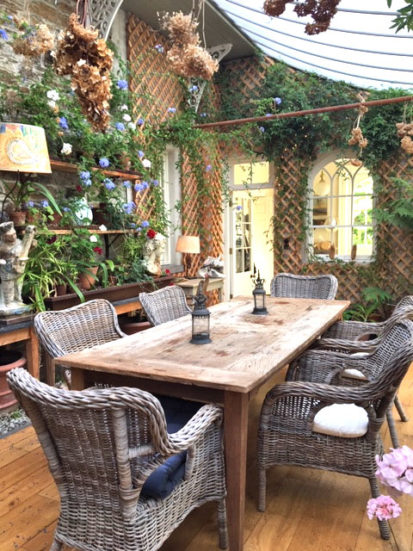 Conservatory Table 413x551