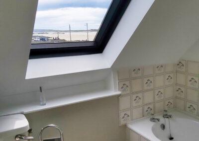 Bathroom View 400x284