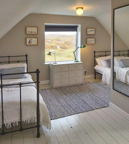 Bedroom 7 413x461