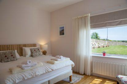 Bedroom Double 413x275