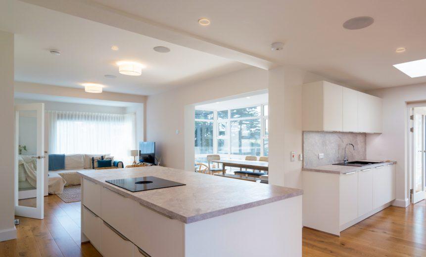 Kitchen Island 1 861x520