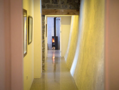 Corridor 413x315