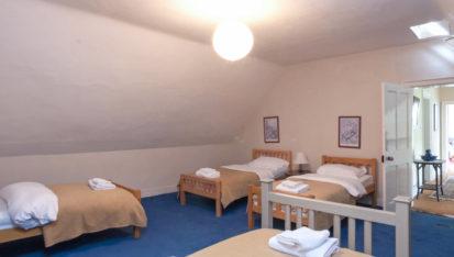 Bedroom Dorm 2 413x234