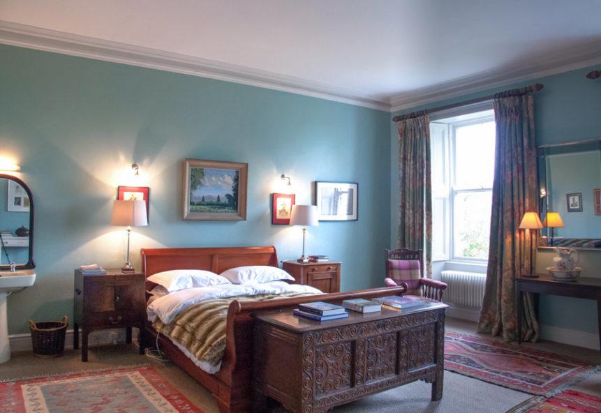 Bedroom Double Sleigh 1 861x592