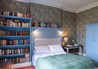 Bedroom Flowery 2 400x284