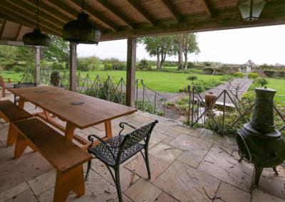 Terrace Table 2 400x284