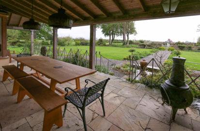 Terrace Table 2 413x270
