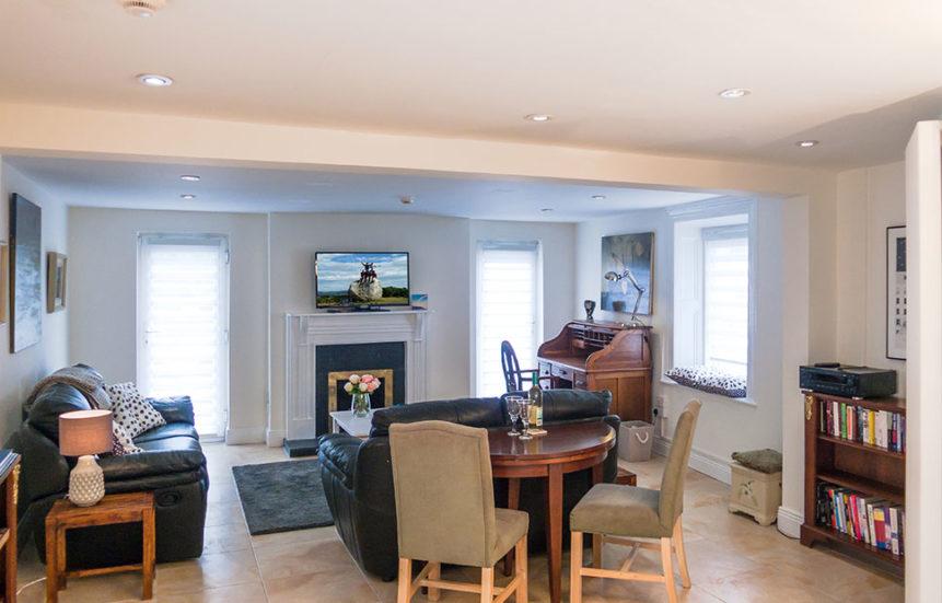 Living Room 861x551