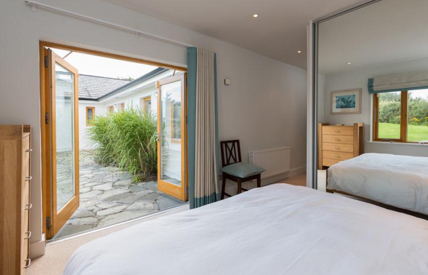 Master Bedroom 861x554