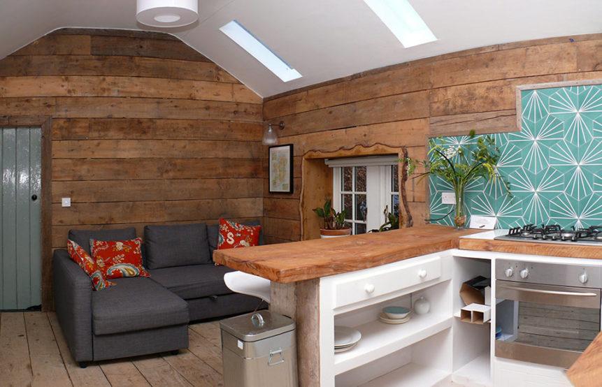 Living Area 861x554