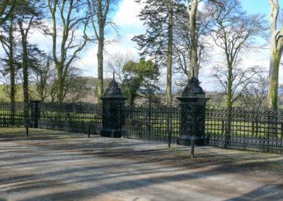 Gates 400x284