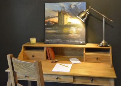Desk 400x284