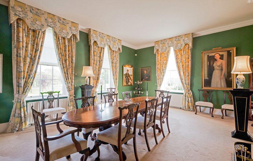 Dining Room 861x551
