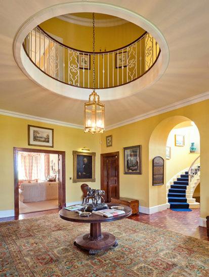 Hallway Tall 413x545