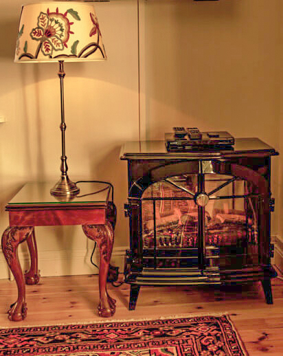 Lamp Table T
