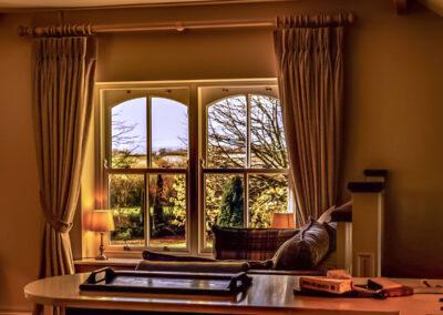 Window T 400x284
