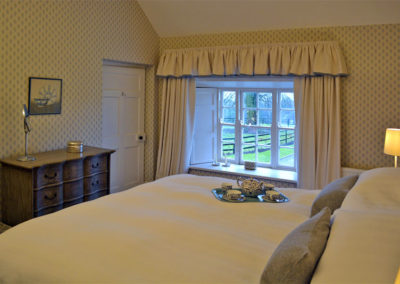 Double Bedroom 2 400x284