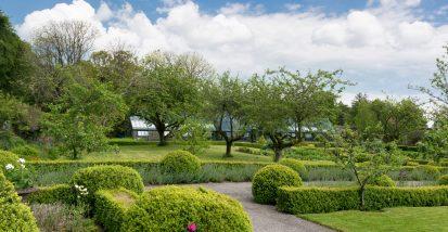 Garden Greenhouse Pano 413x214