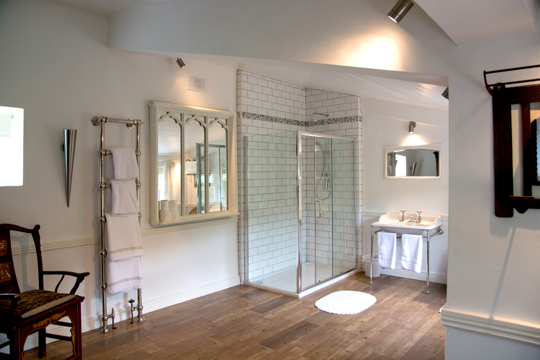 Master Ensuite Angle