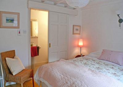 Pink Bedroom 400x284