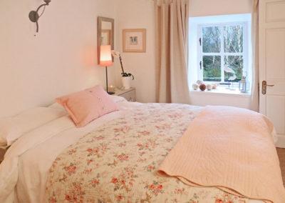 Pink Bedroom Window 400x284