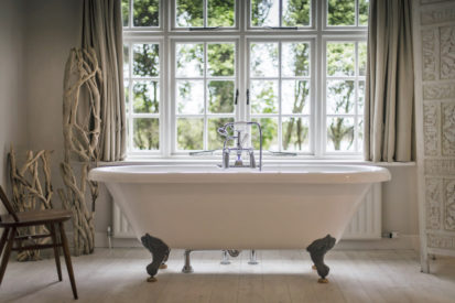 Bath 413x275