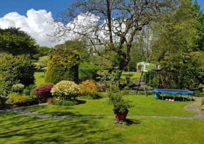 Garden View 400x284