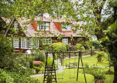 House Swings 400x284
