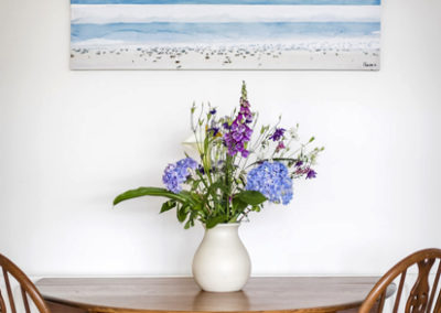 Table With Flowers 400x284